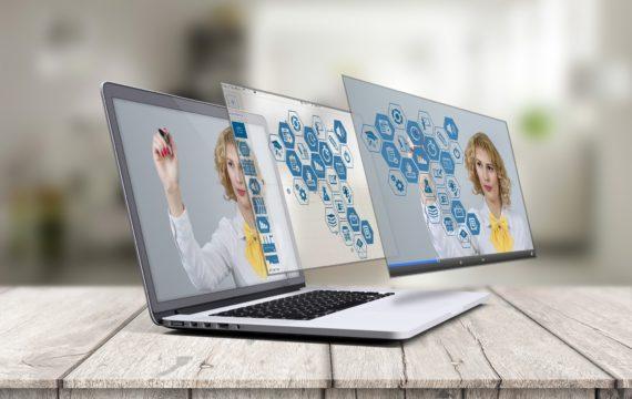 laptop-2411303-1